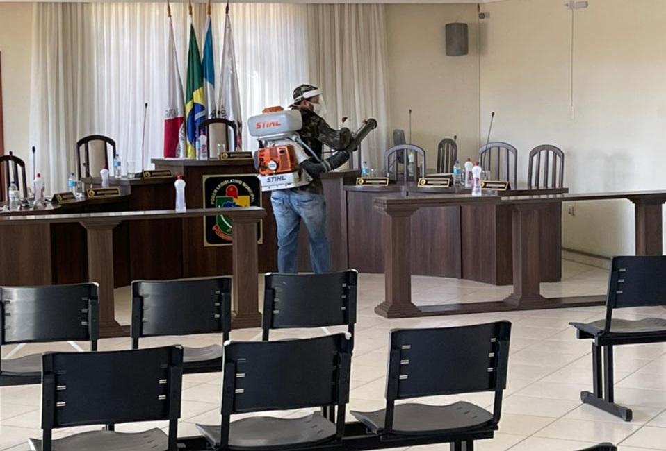 Câmara passa por sanitização contra a Covid-19